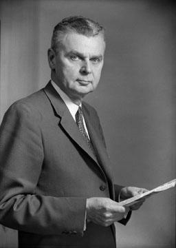 Les élections de 1957 et de 1958