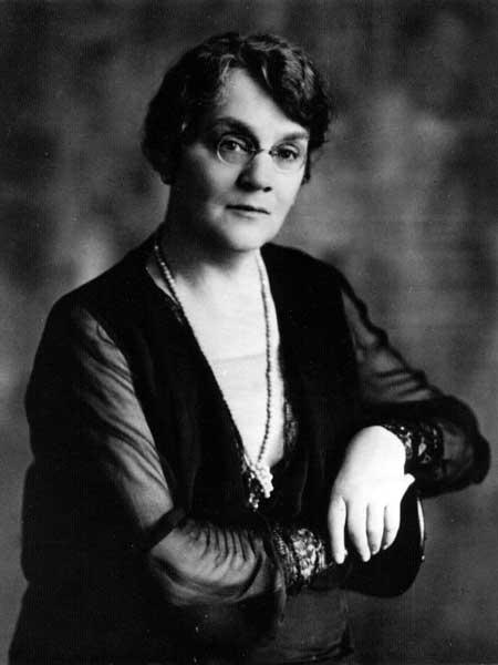 Lillian Beynon Thomas