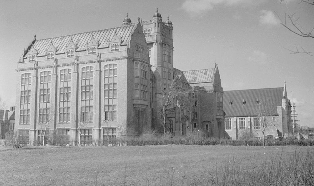 Loyola College (Concordia University), 1937