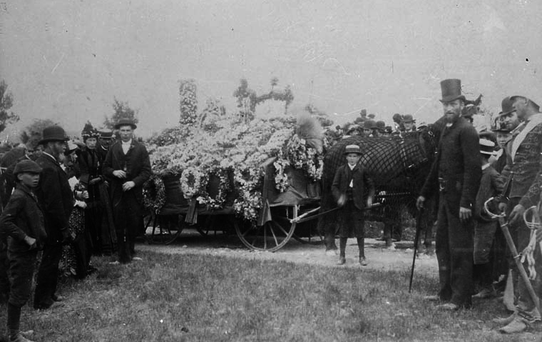 Funeral of Sir John A. Macdonald at Cataraqui Cemetery.