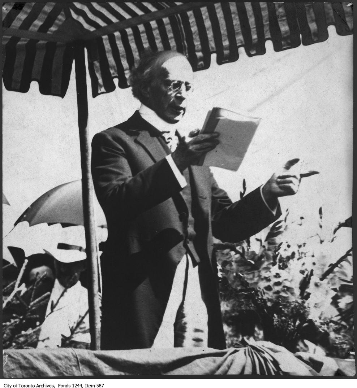 Sir Wilfrid Laurier, 1913