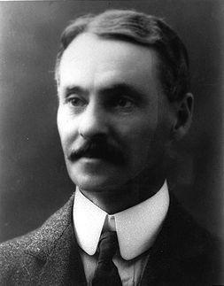 Frederick W.G. Haultain, avocat, homme politique