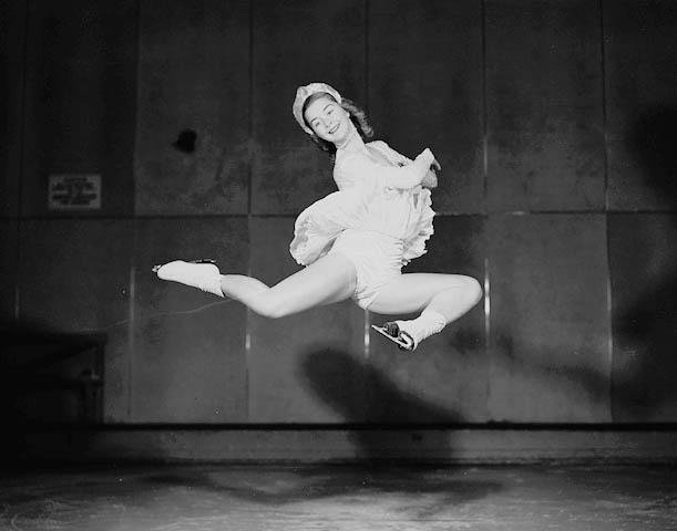 Barbara Ann Scott, 1947.