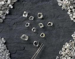 Des diamants bruts