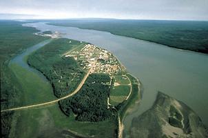 Fort Simpson, vue aérienne