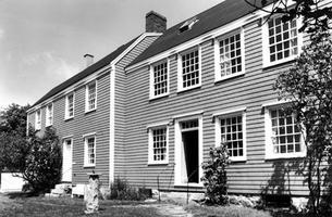 Ross-Thompson House