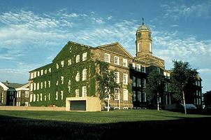 Université Dalhousie