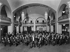 Luigi von Kunits and Orchestra