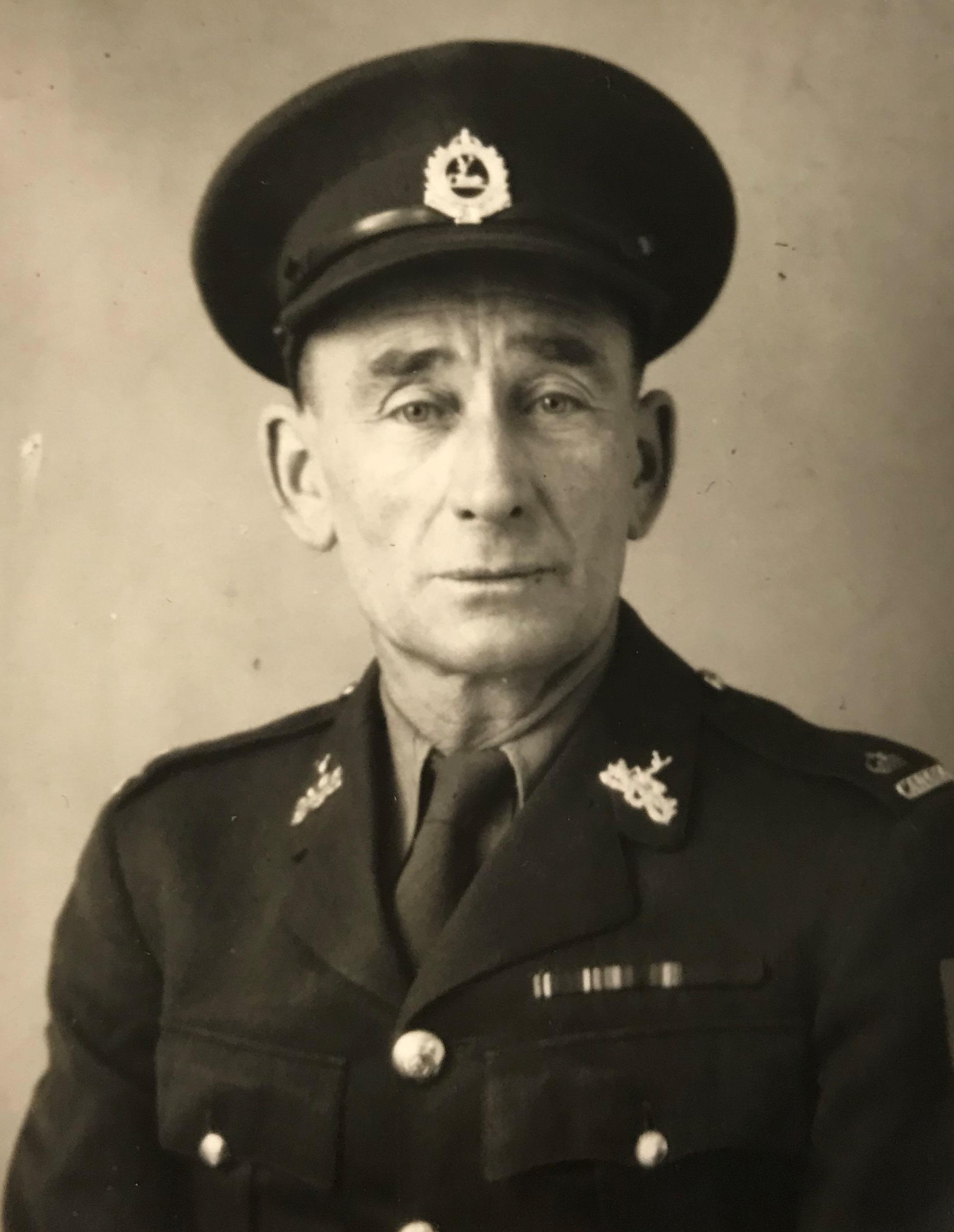 Archie MacNaughton