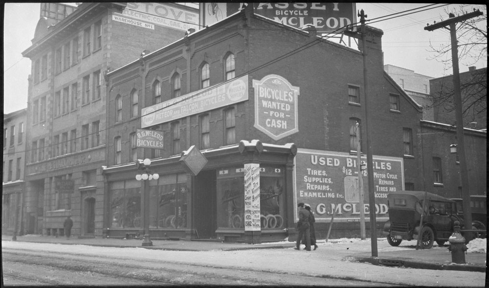 Toronto Bicycle Store, 1918