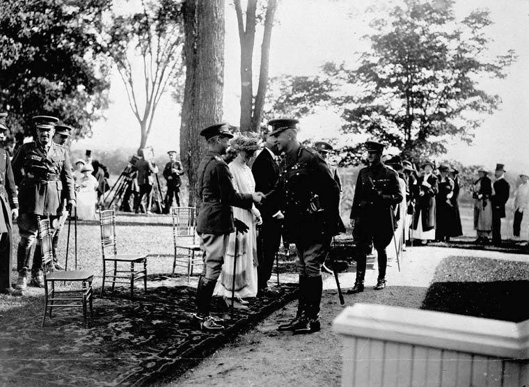 The Prince of Wales and General Currie