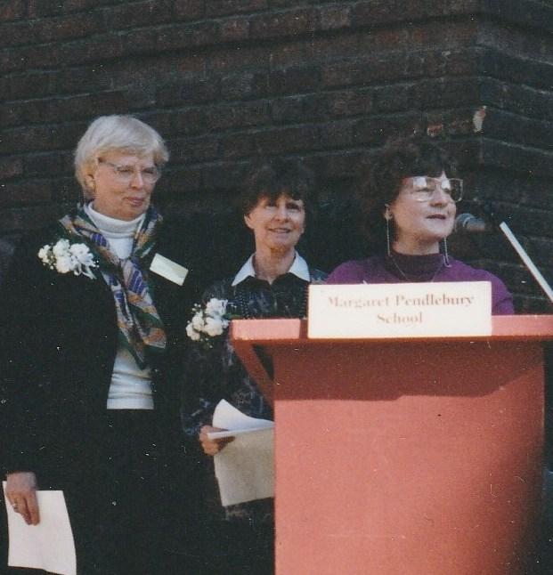 Olga Melikoff, Valerie Neale et Murielle Parkes