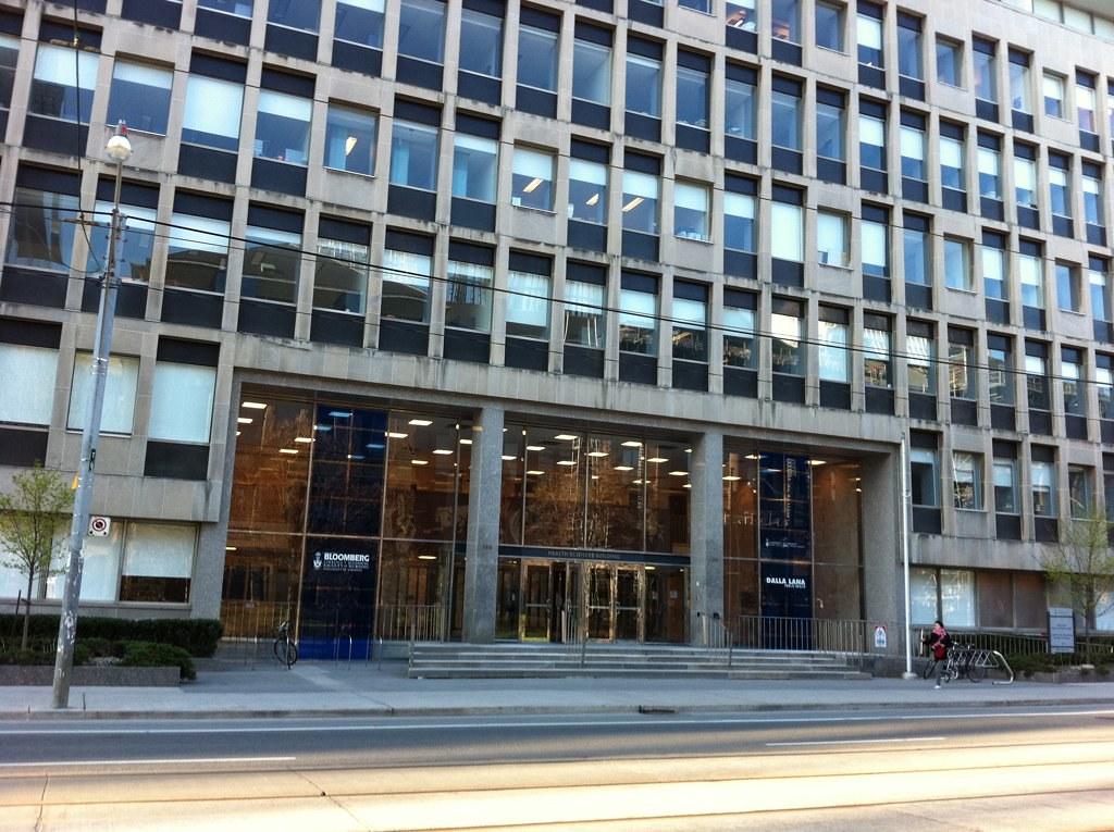 Photo of the exterior of the Dalla Lana School of Public Health