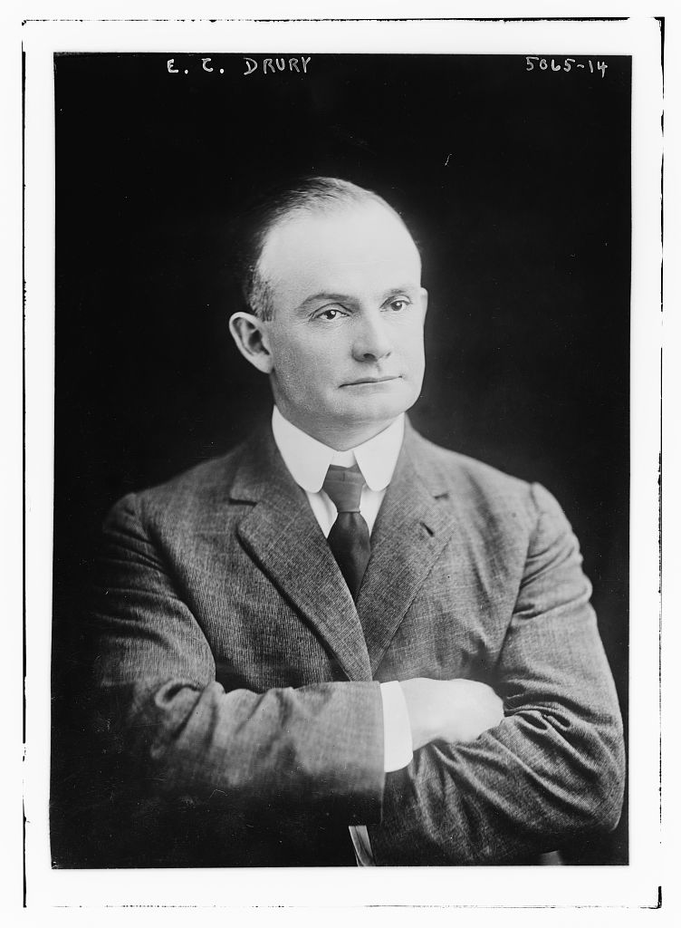 Ernest Charles Drury, vers 1919