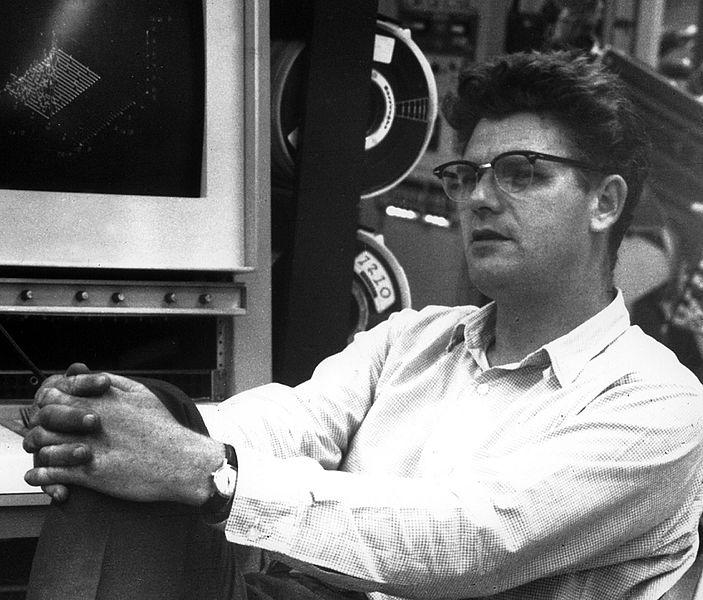 Photographie du physicien Richard E. Taylor