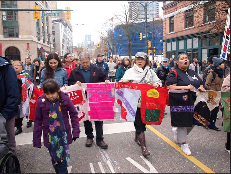 Marche commémorative des femmes