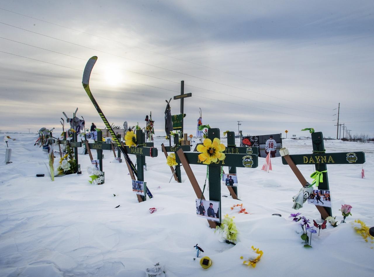 Photo du site commémoratif sur les lieux de l'accident